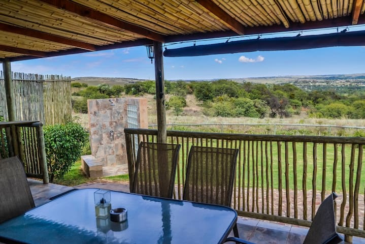 CASUARINA TREE COTTAGE - Magaliesburg