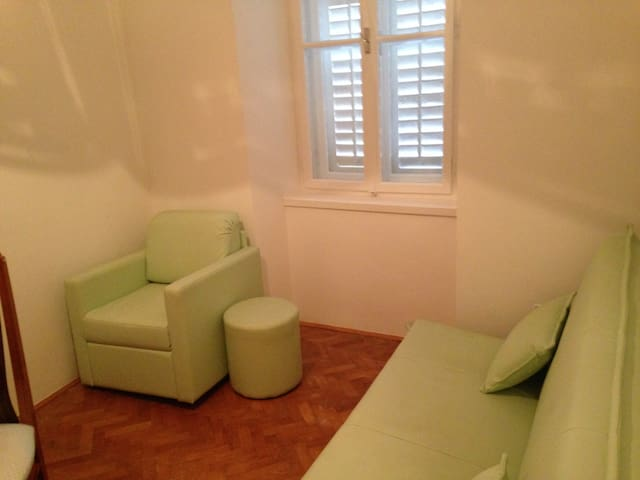Charming apt in historical town - Sinj - Apartment