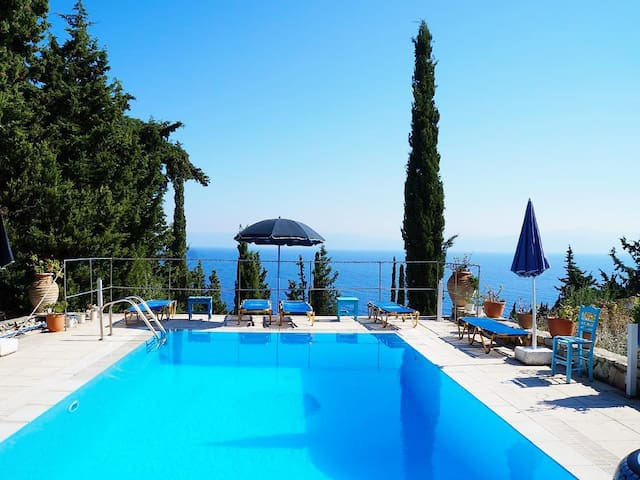 Comfortable apartment in Paxos, Ion - paxos - Apartment