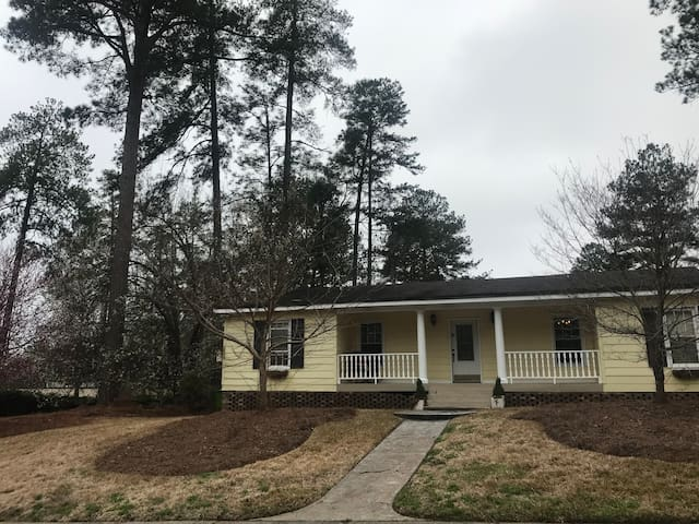 4 bedroom ranch, beautiful, clean and convenient