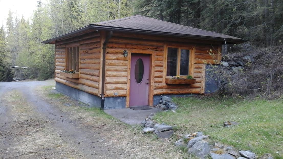 Cabin Exterior Cabin Exterior