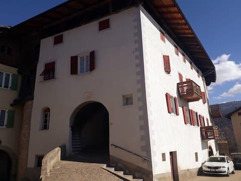 Appartamento rustico  in Val di Non, Trentino