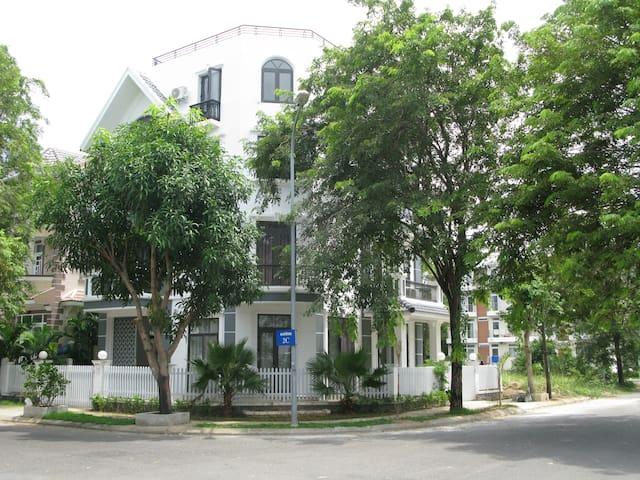 Charming Luxury Villa in An Vien