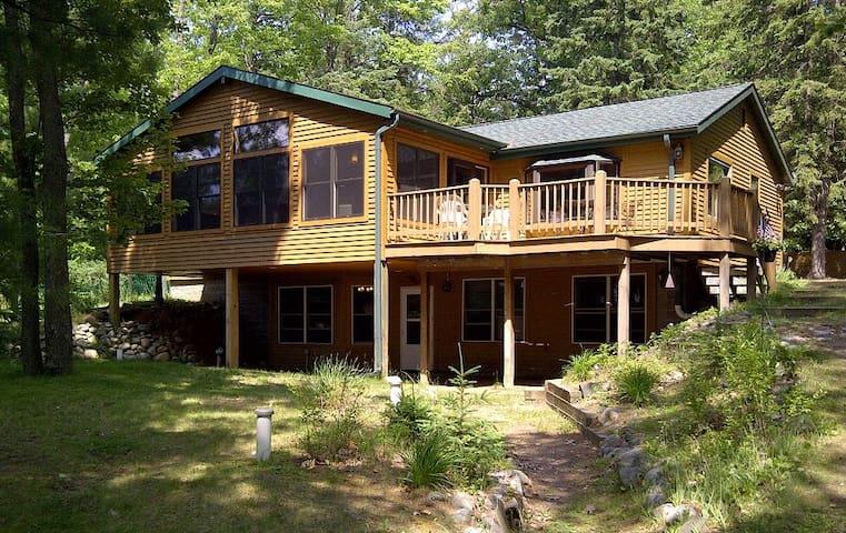 Beautiful Lake View House Minutes from Rhinelander - Rhinelander