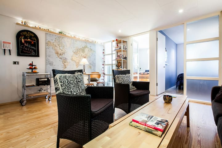 Superb 2 Bedroom Apartment in a Great Green Nbhood
