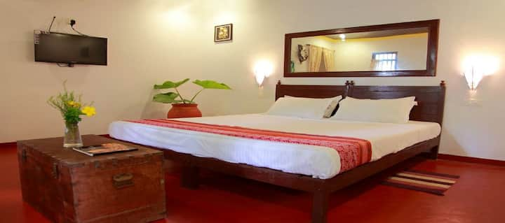 MarariUmapathi beach villa A/C Room