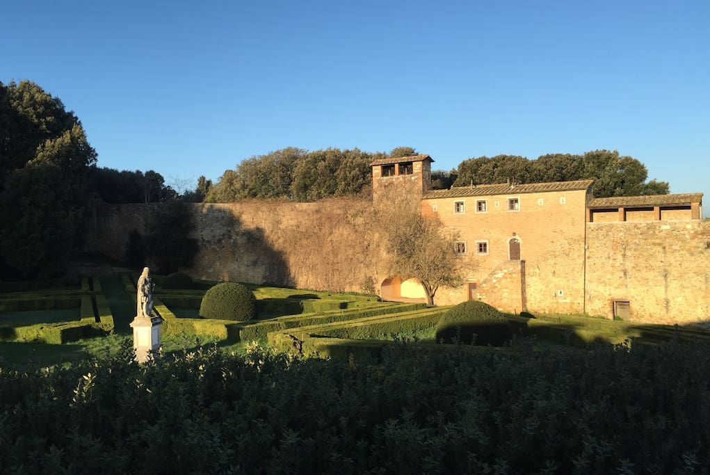 Romantic Get Away For Two Apartments For Rent In San Quirico D Orcia Toscana Italy