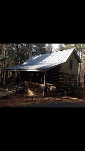 Log cabin in private setting - Fleetwood