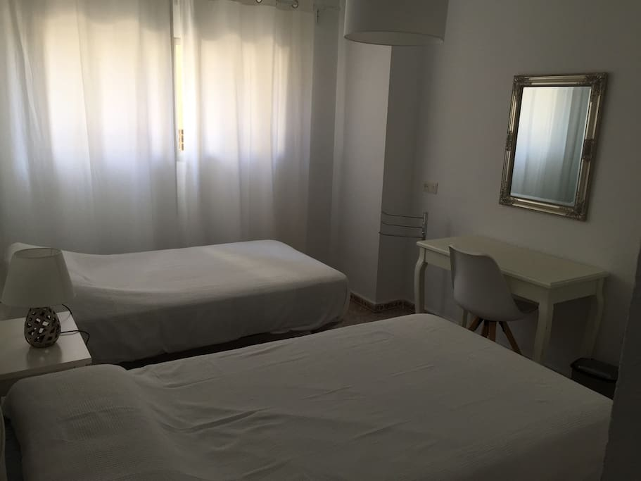 Luxury bedroom in the best location bed breakfasts for for Beds 4 u malaga