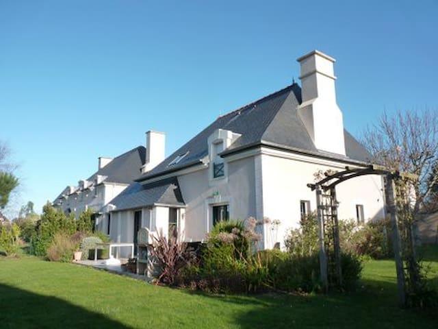 Maison Saint-Malo Quartier Paramé proche plage - Saint-Malo - Villa