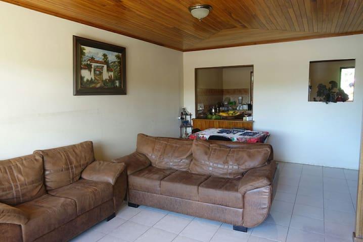 Hostel del Viento, Ana & Roberto's