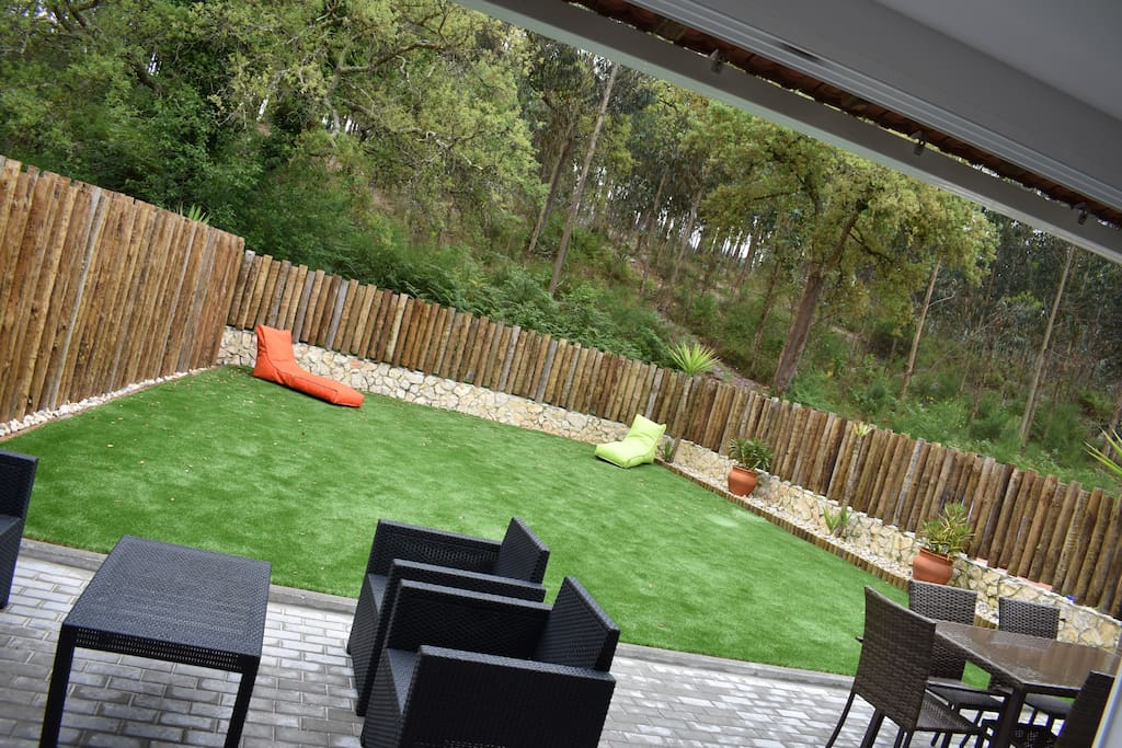 Stunning furnished private garden