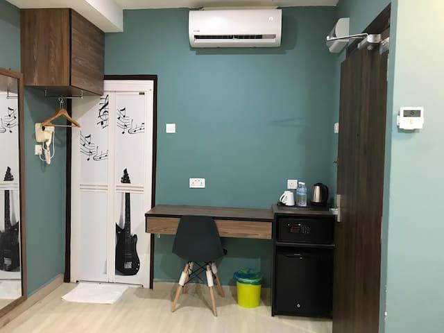NEW: 5 Star Rooms at 1 Star Price in K.Terengganu
