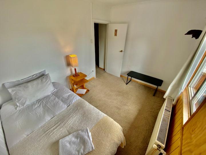 Big single room in Puerto Natales