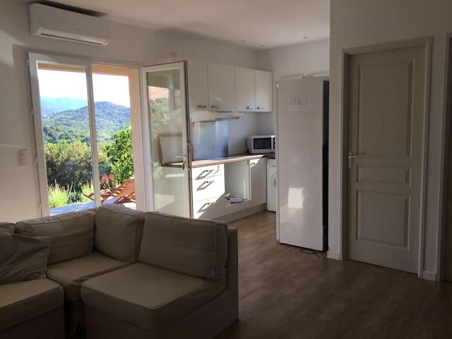 Apartement 2 bedrooms 10mn from Porto-vecchio - Sotta - Pis