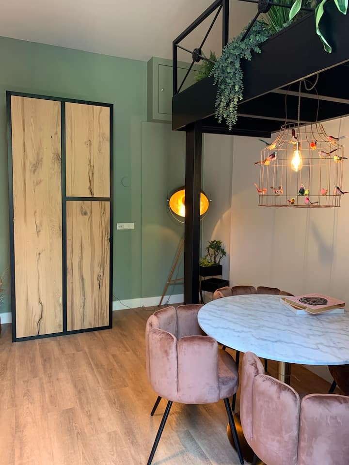 Fully furnished apartment C at a perfect location
