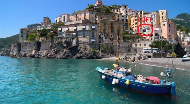 Amalfi Coast Tiny Loft ⁐ Couples or Solo Traveler