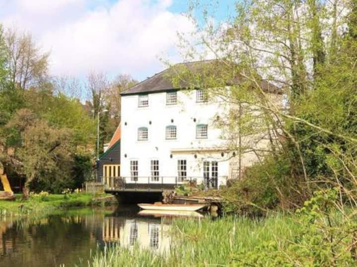 Stunning converted mill house on the River Yare