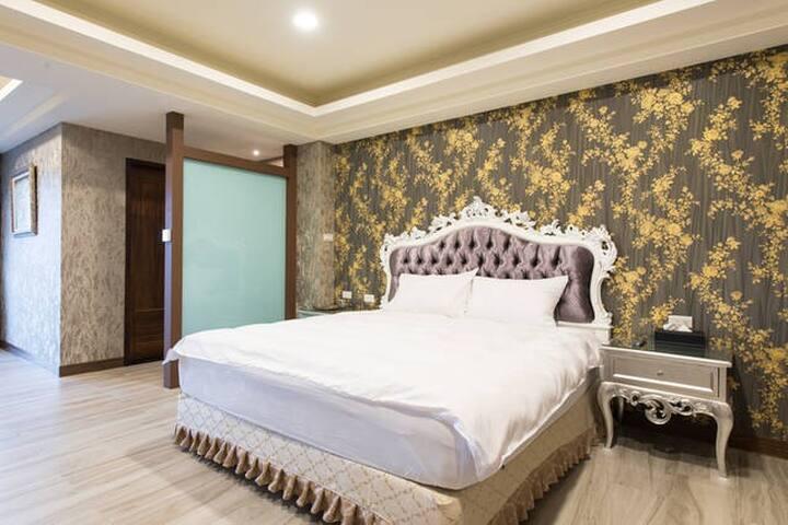 馬德里花園 - Room102 / 雙人房 - Yilan City - 別荘