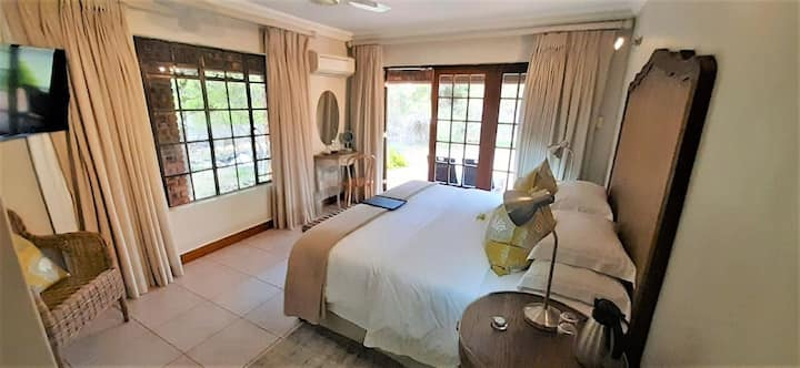 Kruger Riverside Lodge - Double Room B&B