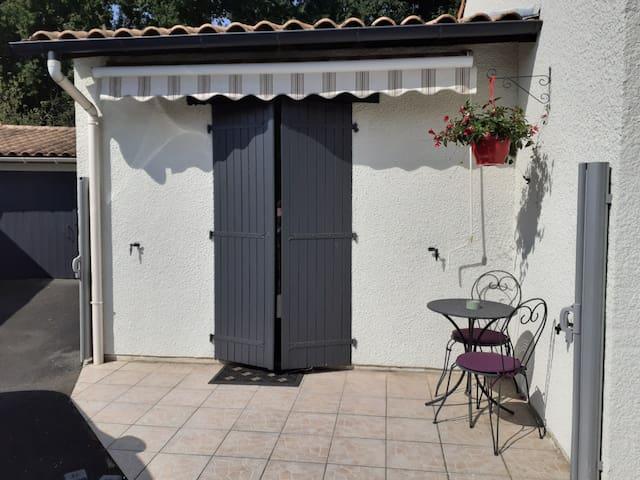 Studio indépendant entre l'océan Bordeaux et Médoc
