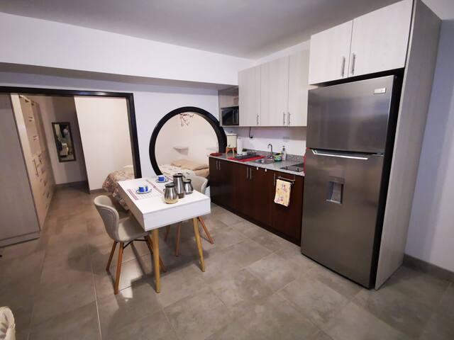 Zona 15 - Lindo y cómodo apartamento equipado