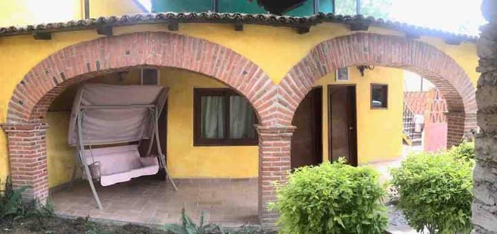 La casa del Canto Maya
