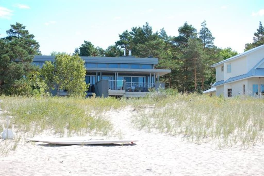 Sandy beach right on georgian bay cabins for rent in for Georgian bay cabin rentals
