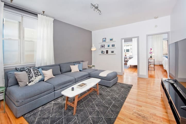 Massive 3 Bedroom/10 Beds Apt, 10 min to Manhattan - Hoboken
