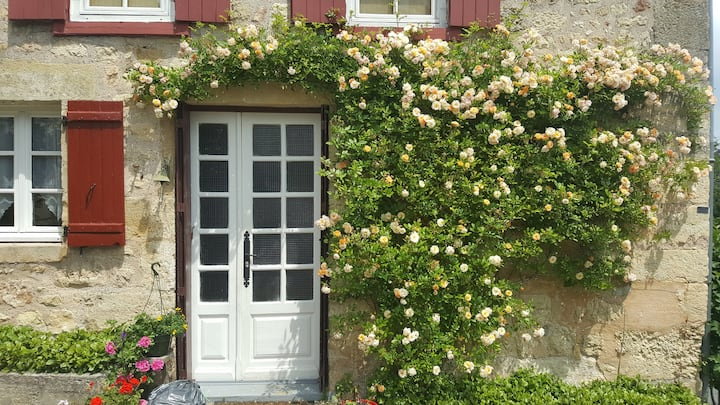 For couples, 17th C Cottage