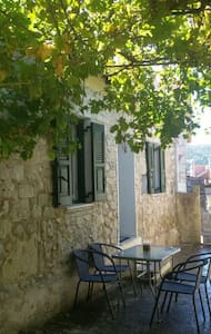 Ariadni 's traditional house - fully renovated - Kavallos - House