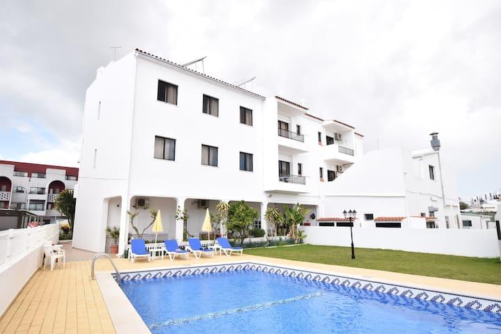 T1 - Apartamentos Carruna