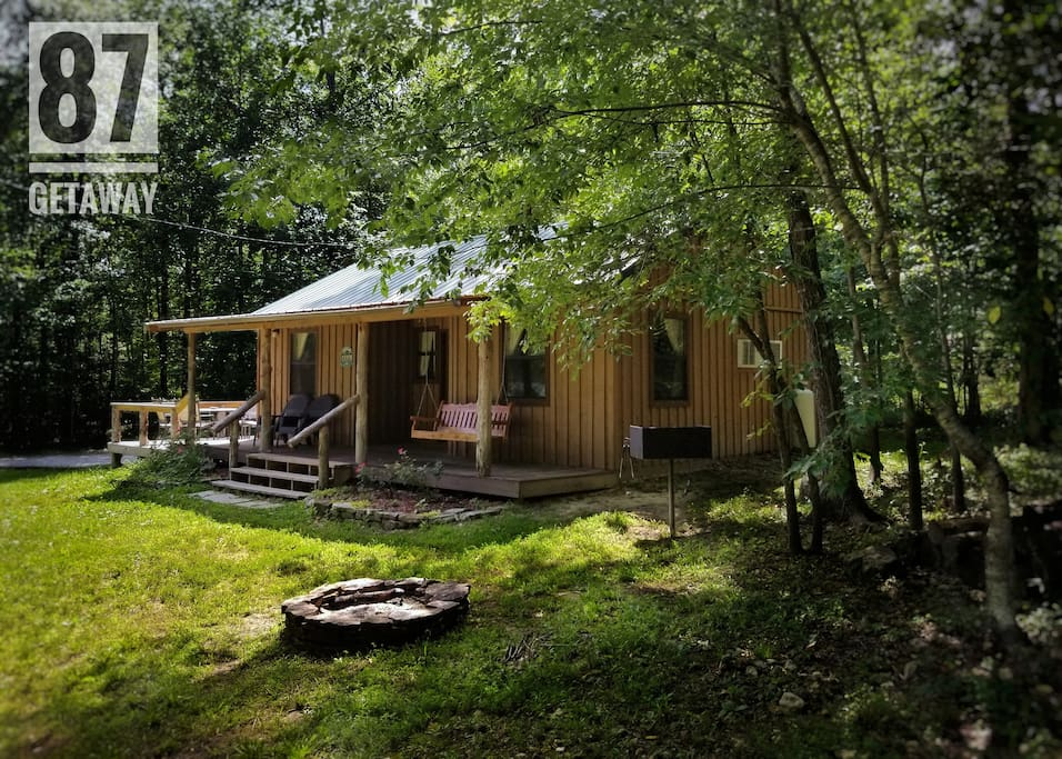 The Hwy 87 Getaway Cabin 2 Cabins For Rent In Mountain