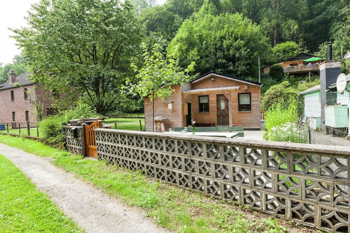 Intimate cottage located in the Ourthe Valley