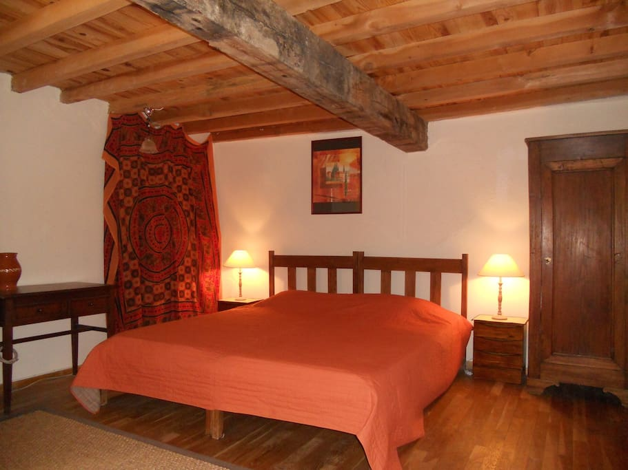 Chambre d 39 h te au pays cathare guest houses louer - Chambre d agriculture languedoc roussillon ...