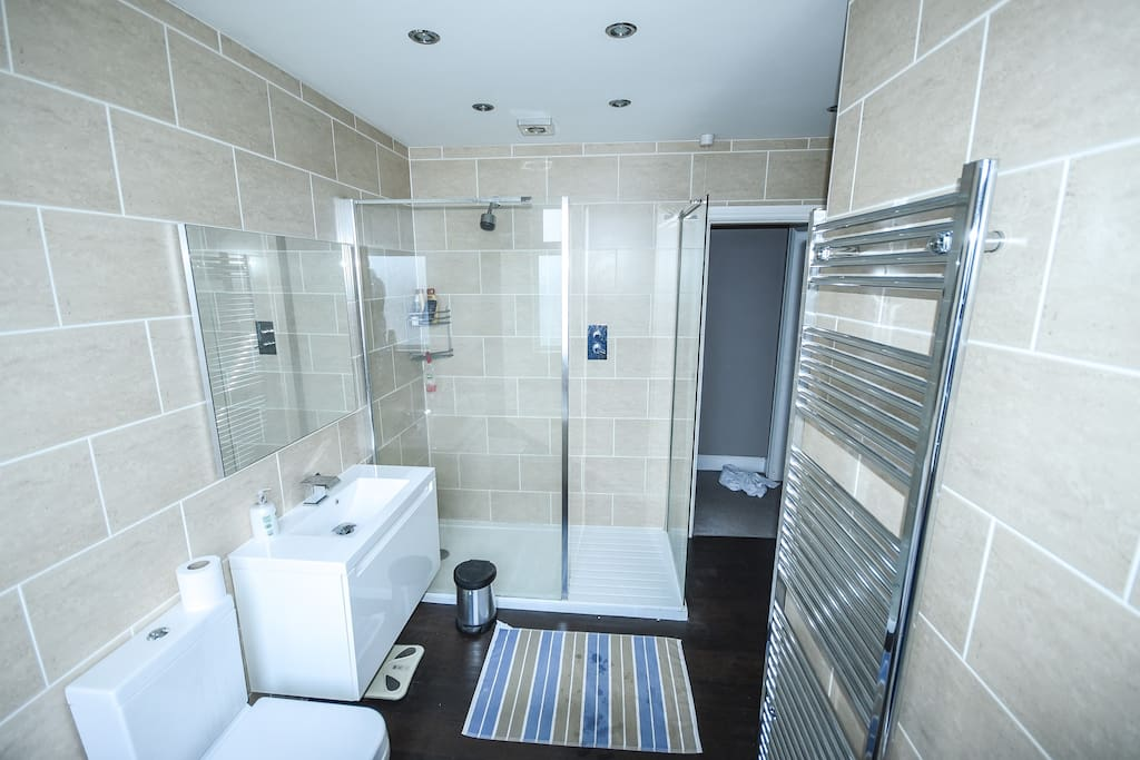 Private Luxurious Bathroom with powerful shower and Bath.