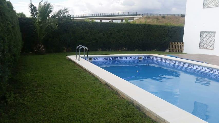"""Casa de campo """" AVREL"""" en  La Garrovilla - La Garrovilla - House"""