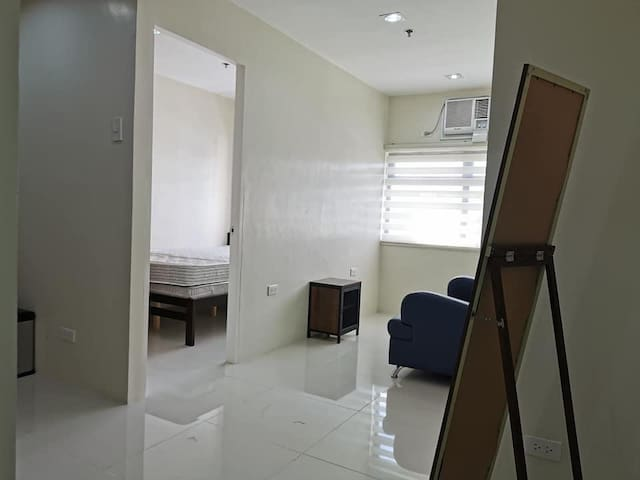 Midpoint Residences