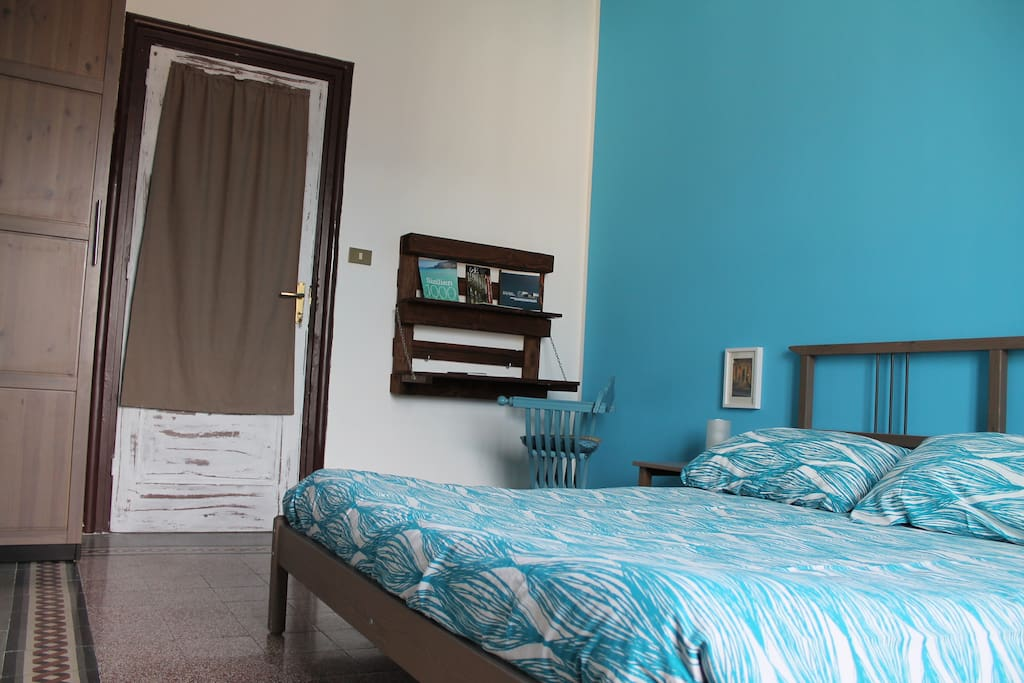 b b nica domus chambres d 39 h tes louer palerme sicile italie. Black Bedroom Furniture Sets. Home Design Ideas