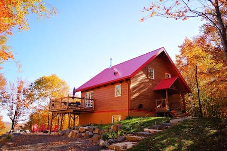 Red Roofed Cottage