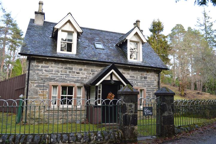 West Lodge Strathconon