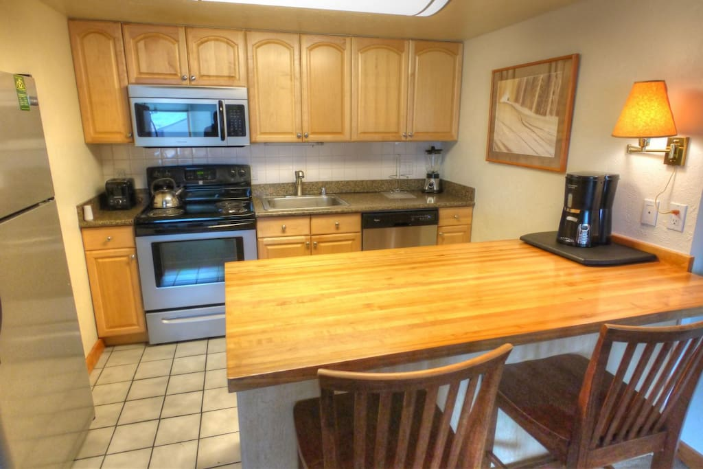 Well appointed kitchen - Recently updated