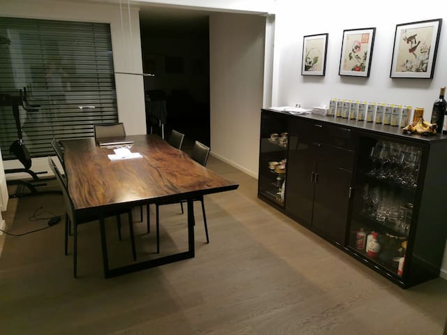 Topfloor flat located close to the city center