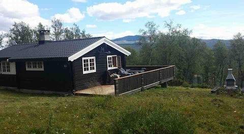 Koselig hytte i Skåbu, porten til Jotunheimen!