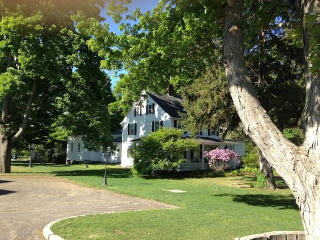 ⚓Capt Clarke Historic Homestead/Venue⚓buy 2/1 free