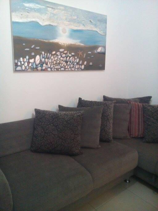 Big Sofa Bed-Μεγάλος Καναπές/ Κρεβάτι