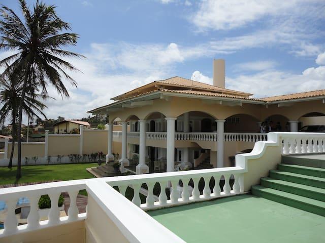 Casa em Fortaleza, Beach Park (linda vista)