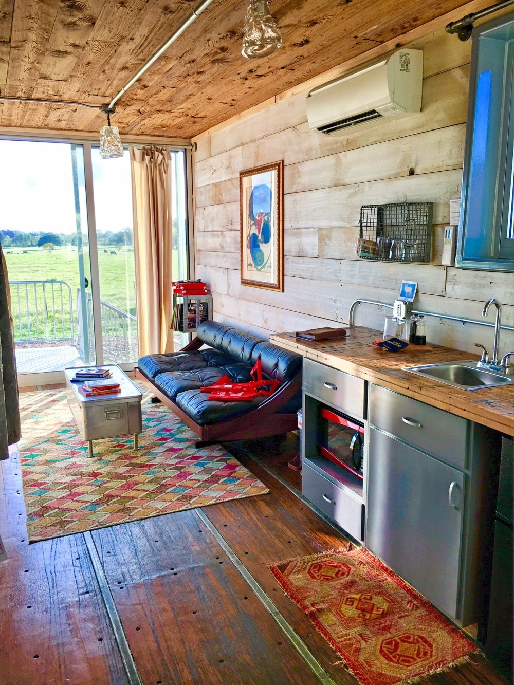 Houze V   Flophouze Shipping Container Hotel   Houses For Rent In Round  Top, Texas, United States