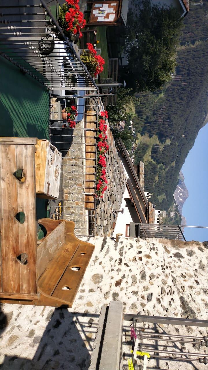 Fantastica tavernetta a là Thuile