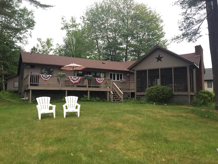 NH Lakefront Home Sleeps 8 at Lake Winnipesaukee